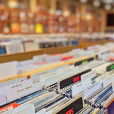 How Vinyl Records Impact the Music Industry